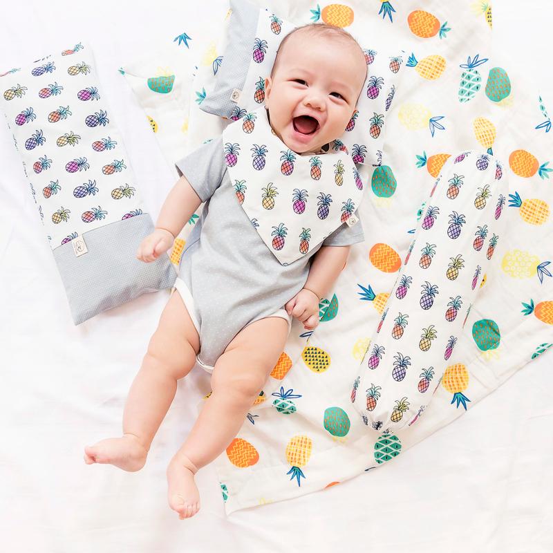Minky Baby Blanket- Pineapples Summer Fun
